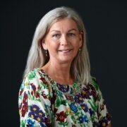 Karen-Lisbeth Snedker